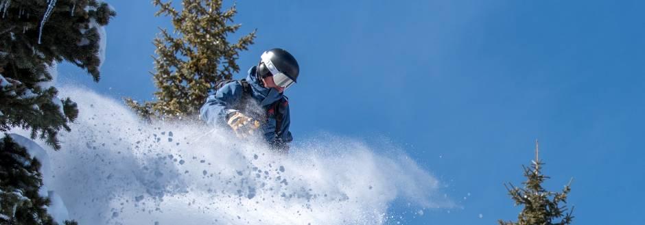 powder skiing at copper mountain colorado